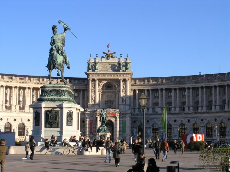 w8+ +维也纳风光+