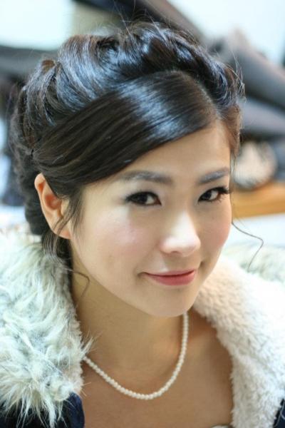 潮流兴韩式新娘化妆发型