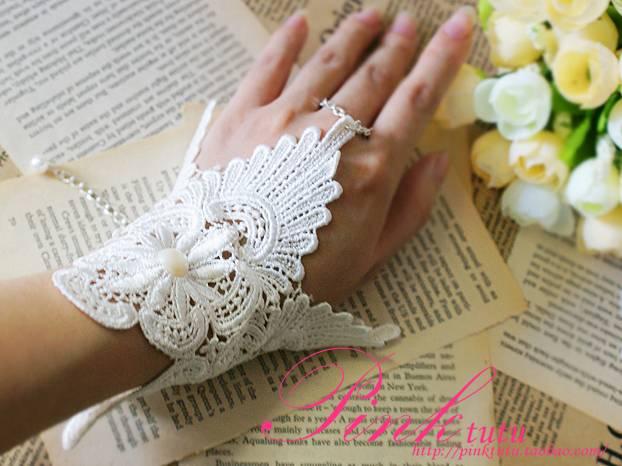 婚纱手套? 手带? 手链?
