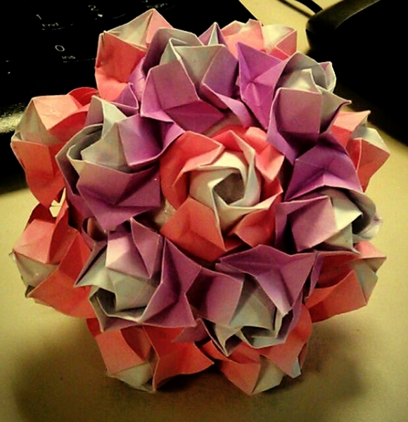 [资料分享]玫瑰花纸花球