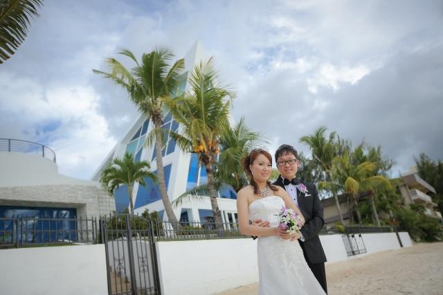 ******* 有关关岛婚礼的一点资料和心得: 我们是2013年年尾在会展的