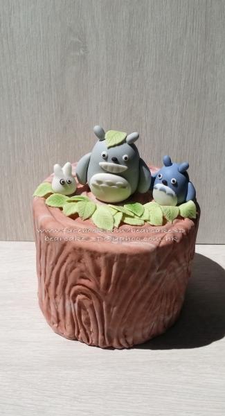 可爱的龙猫立体蛋糕