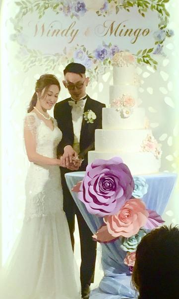 <WM> Deco全部自己開心淘 之 蛋糕枱枱布+紙花