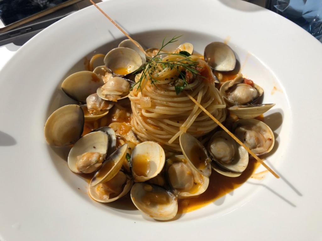 台北親子遊 - 蕃茄蛤蜊義大利麵