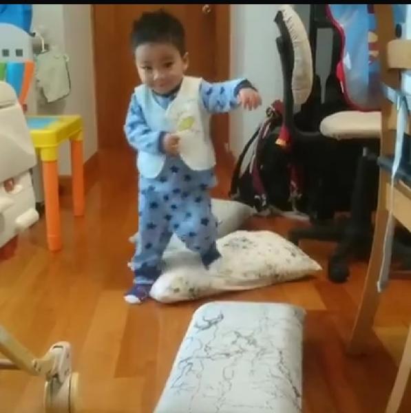 【CalebMa】五個適合1-2歲孩子在家的小玩樂