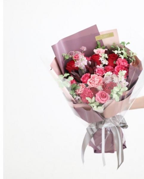 •F&Y• #38 不一樣的感恩花 ❤ 360度可預覽花球